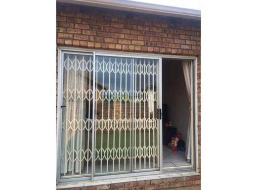 2 Bedroom Townhouse to Rent in Kyalami Hills