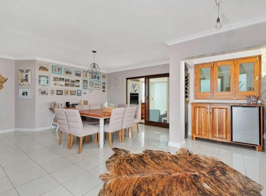 3 Bedroom Townhouse to Rent in Sunninghill