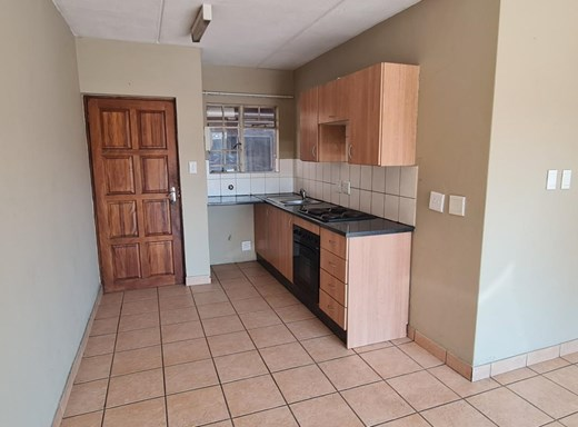 2 Bedroom Townhouse to Rent in Witfield