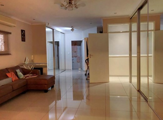 4 Bedroom House for Sale in Selection Park