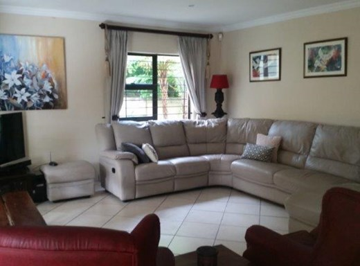 3 Bedroom Duplex to Rent in Amanzimtoti