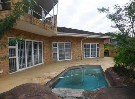 3 Bedroom Townhouse to Rent in Amanzimtoti