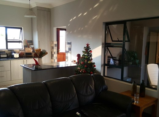 3 Bedroom House for Sale in Gateway Manor