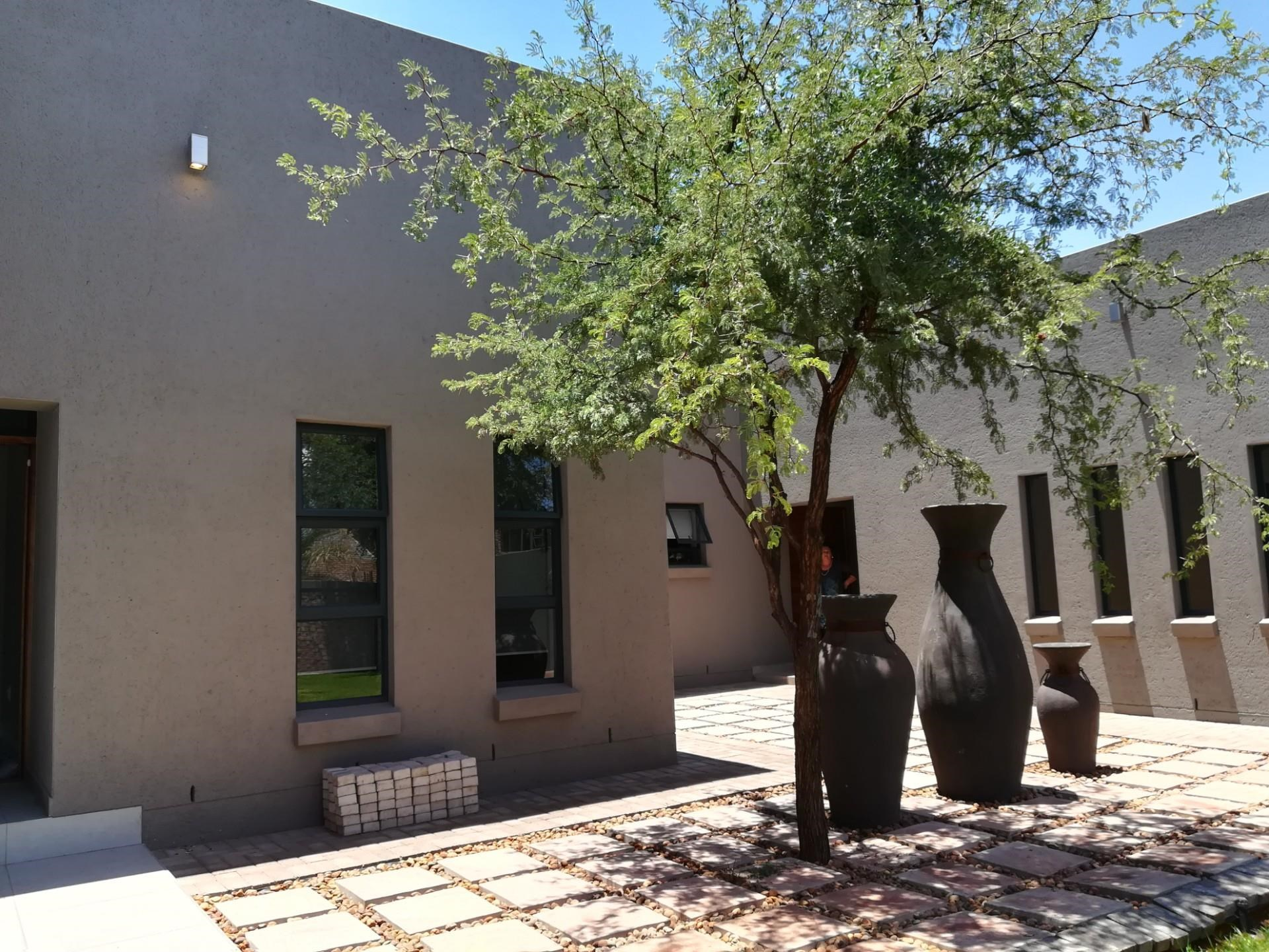 5 Bedroom House for Sale in Kathu