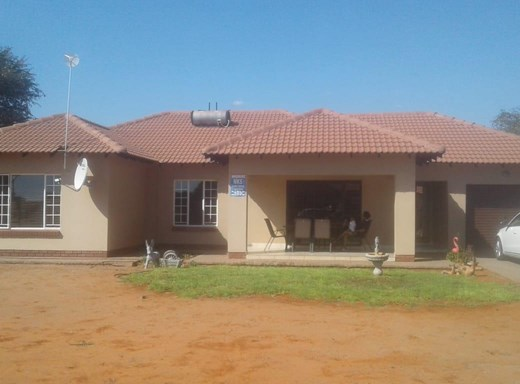 3 Bedroom House to Rent in Kathu