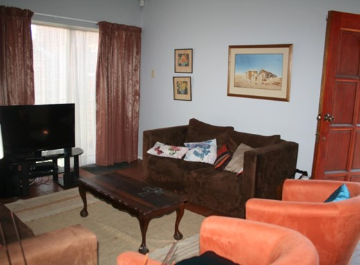2 Bedroom Townhouse for Sale in New Park