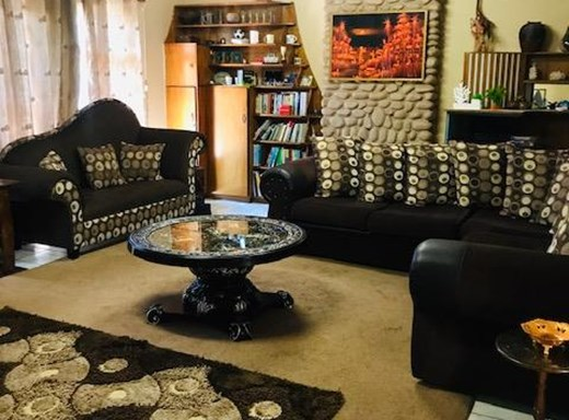 4 Bedroom House for Sale in Monument Heights