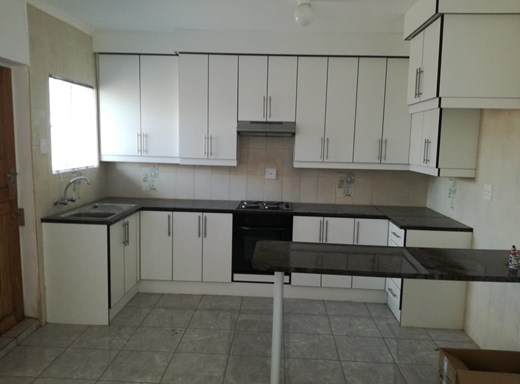 2 Bedroom Flat to Rent in West End
