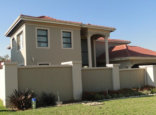 4 Bedroom House for Sale in Midstream Estate