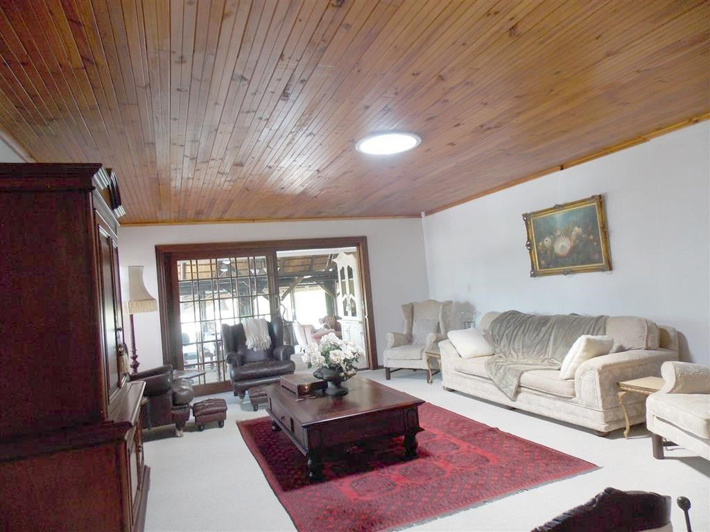 4 Bedroom House for Sale in Eden George