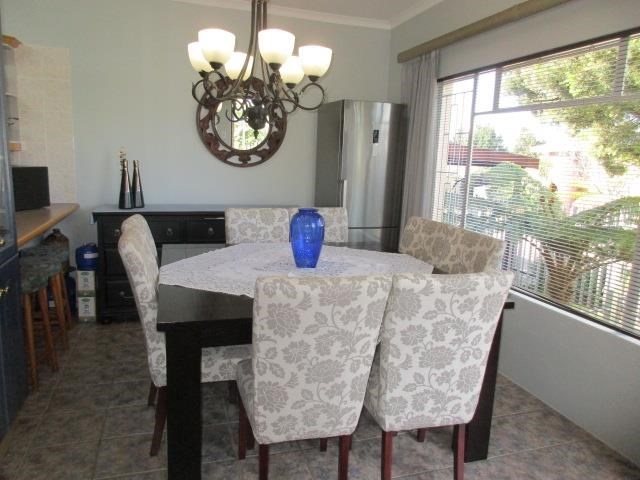 7 Bedroom House for Sale in George South