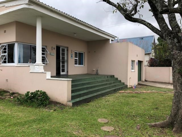 4 Bedroom House for Sale in Vincent