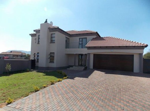 5 Bedroom House for Sale in Xanadu