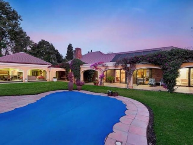 Parkwood House For Sale