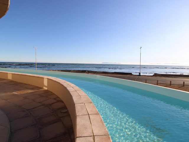 Strand South Apartment For Sale
