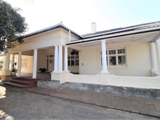 Strand Central House For Sale