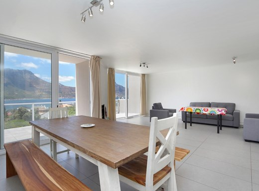 3 Bedroom Townhouse for Sale in Hout Bay