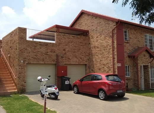 2 Bedroom Apartment for Sale in The Reeds