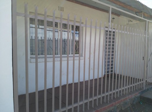 4 Bedroom House for Sale in De Beers