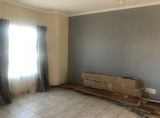 2 Bedroom House for Sale in De Beers