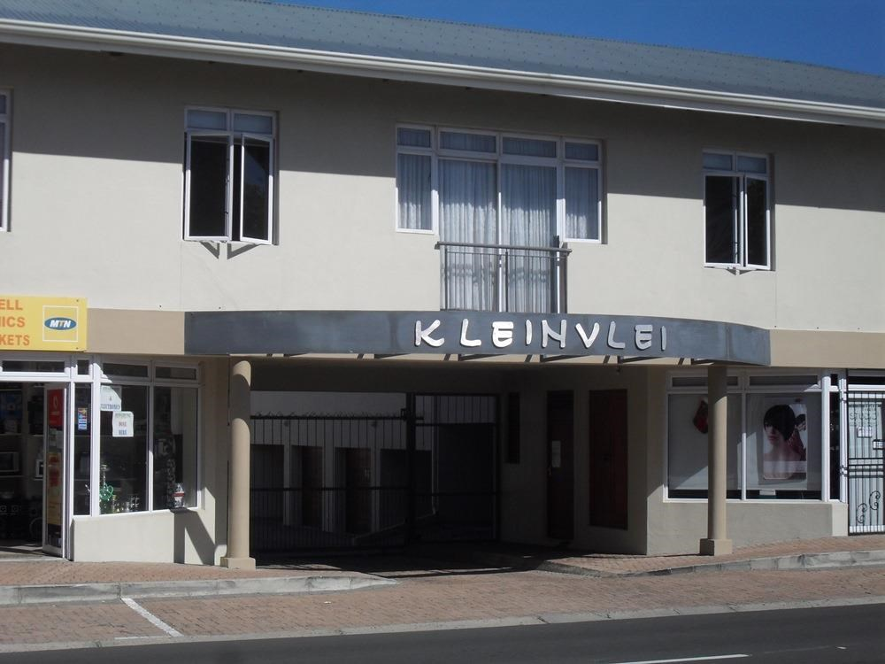 2 Bedroom Apartment for Sale in Klein Berlyn