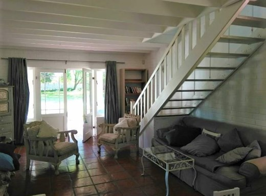 3 Bedroom House to Rent in Stanford