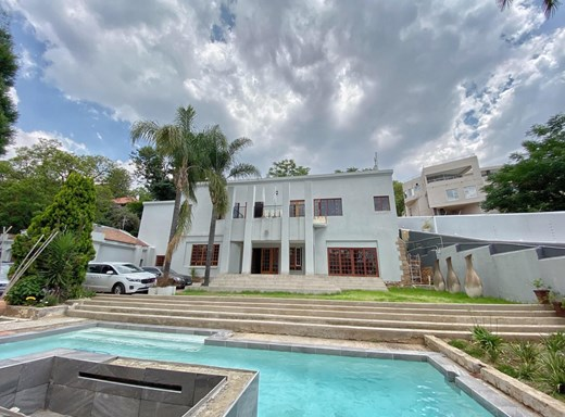 5 Bedroom House for Sale in Houghton Estate