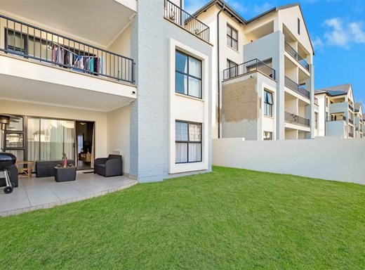 3 Bedroom Apartment for Sale in Bryanston