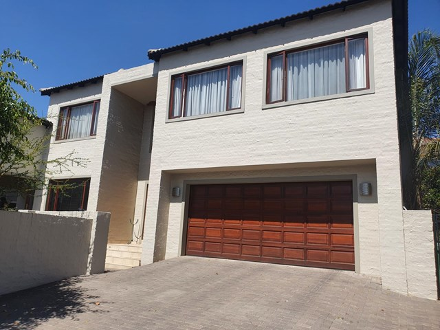 Greenstone Hill House For Sale