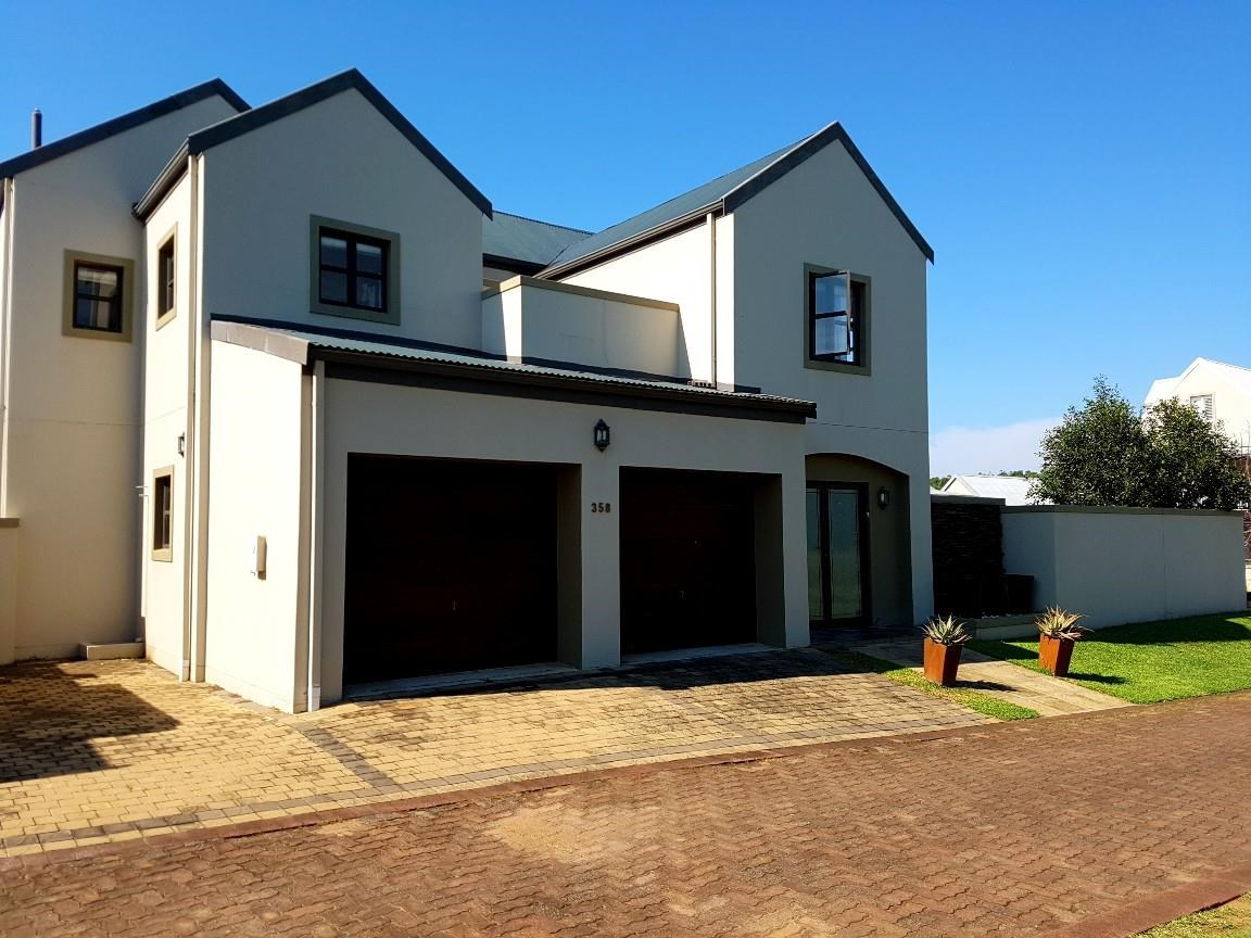 5 Bedroom House for Sale in Prince's Grant Golf Estate