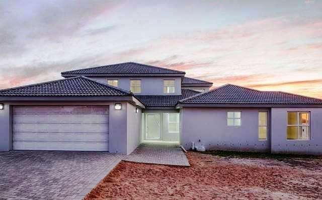 4 Bedroom House for Sale in Myburgh Park