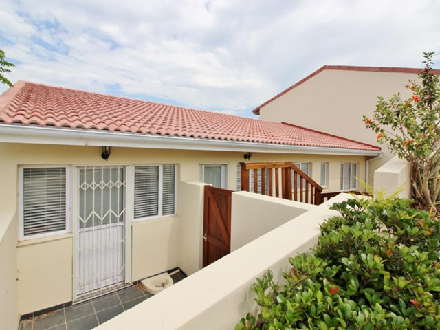 Central Townhouse For Sale