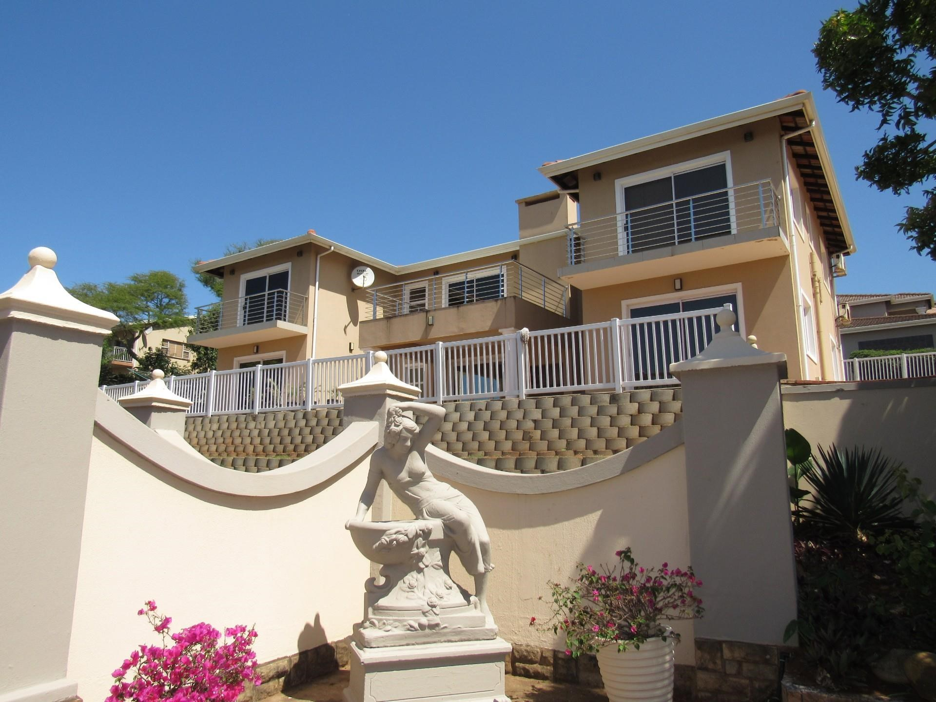 5 Bedroom House for Sale in Illovo Beach