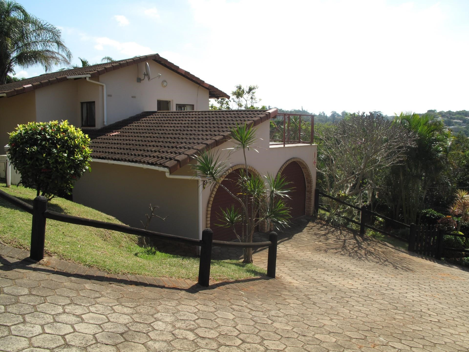 3 Bedroom Townhouse for Sale in Astra Park