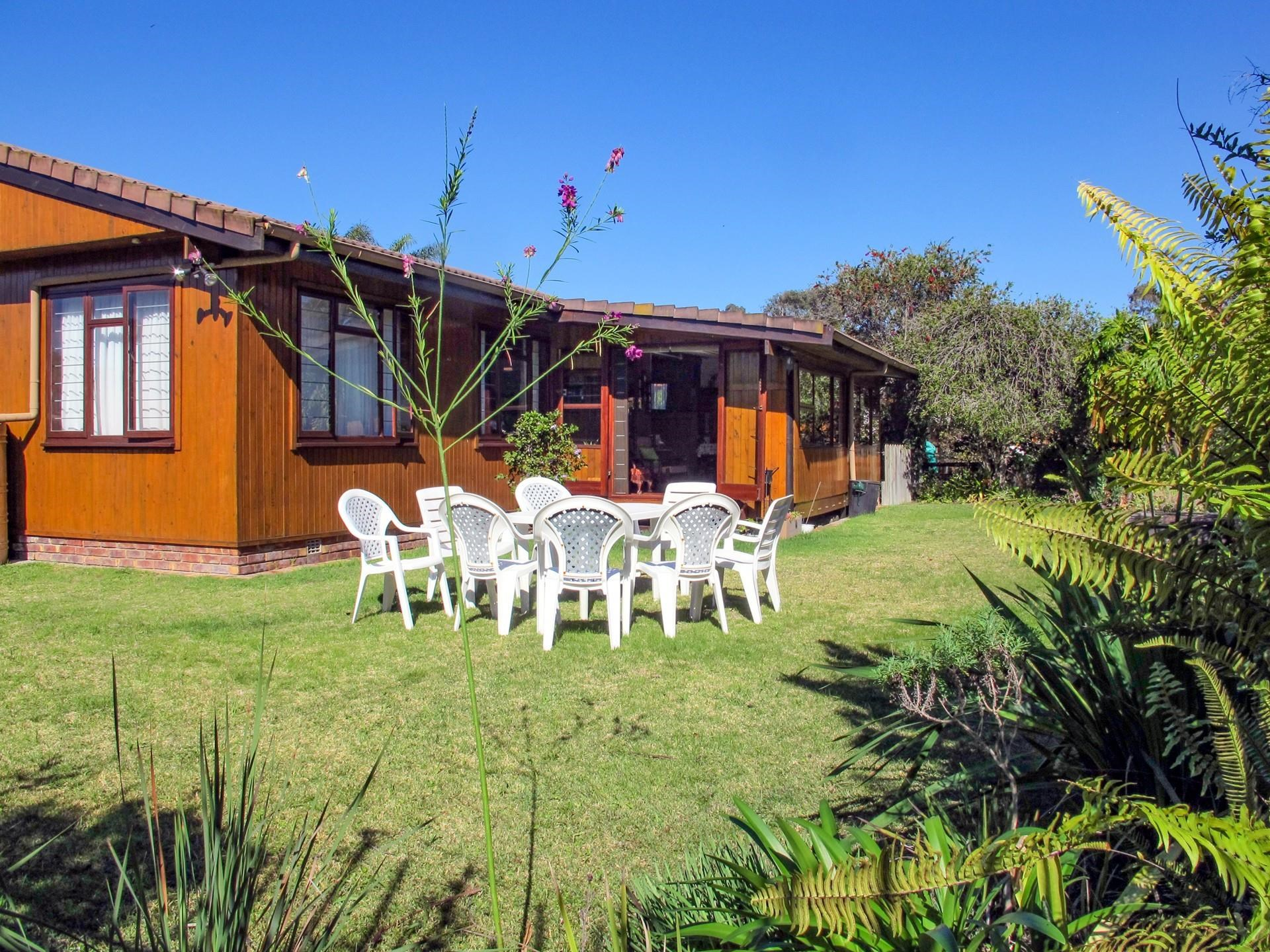 3 Bedroom House for Sale in Keurboomstrand