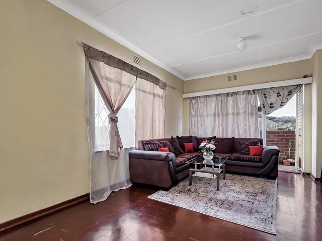 Wentworth Park Apartment For Sale