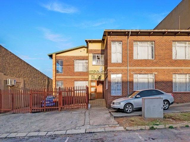 Wentworth Park Bachelor For Sale