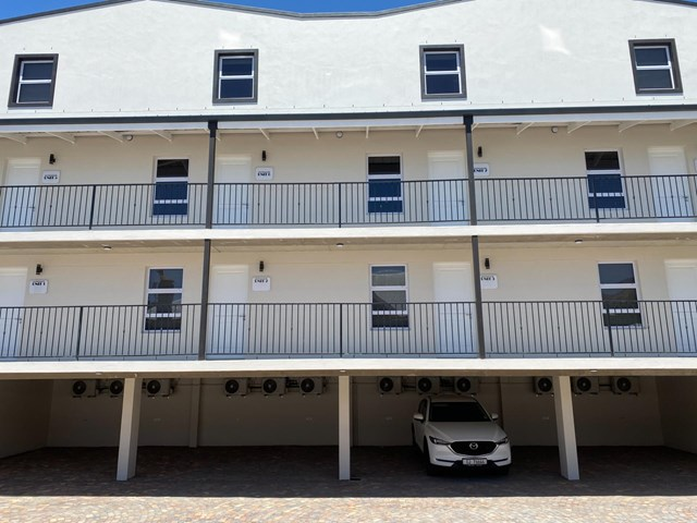 Paarl South Apartment For Sale