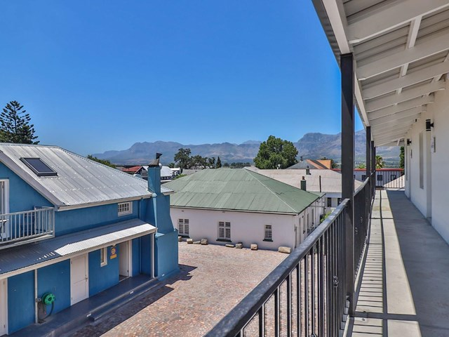 Paarl South House For Sale