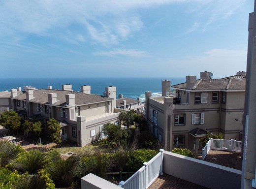 3 Bedroom Apartment for Sale in Pinnacle Point