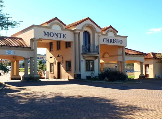 3 Bedroom House for Sale in Monte Christo