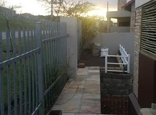 4 Bedroom Townhouse for Sale in Seemeeu Park