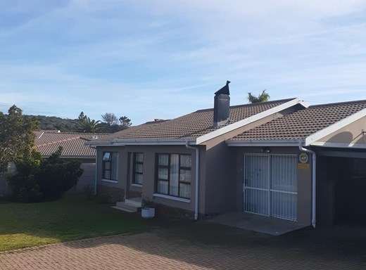 4 Bedroom House for Sale in Bayview