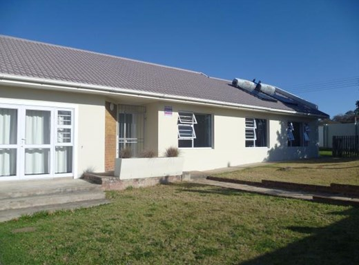 4 Bedroom House for Sale in Beacon Bay