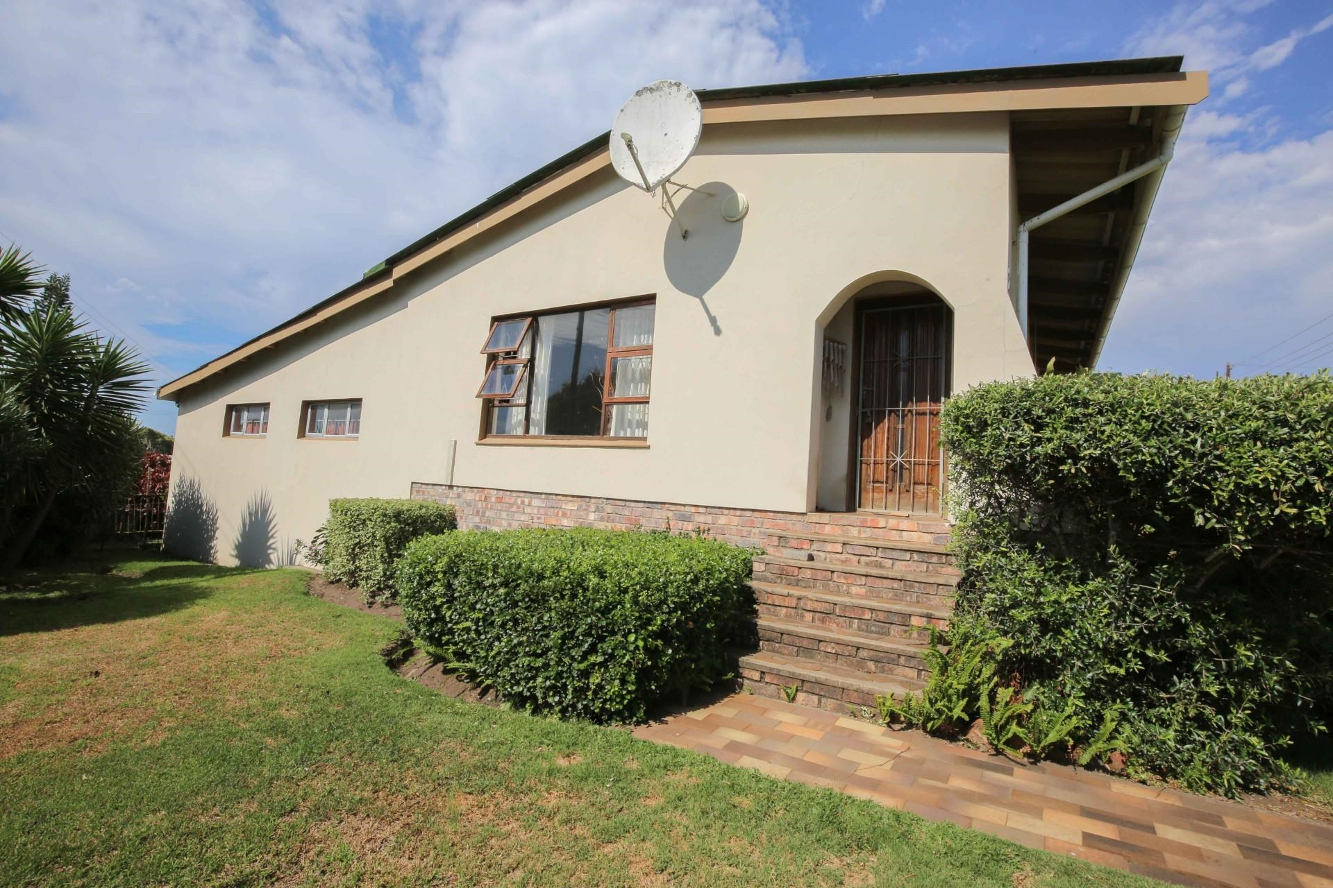 3 Bedroom House for Sale in Gonubie