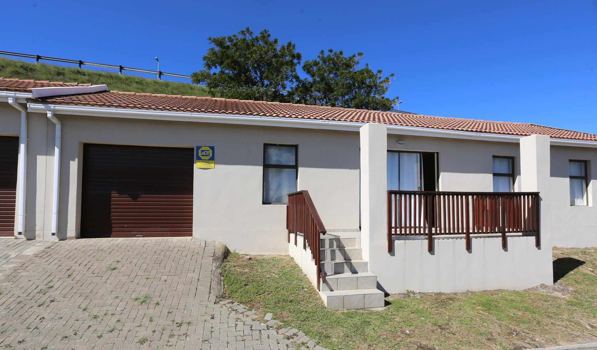 3 Bedroom Townhouse for Sale in Nahoon Valley Park