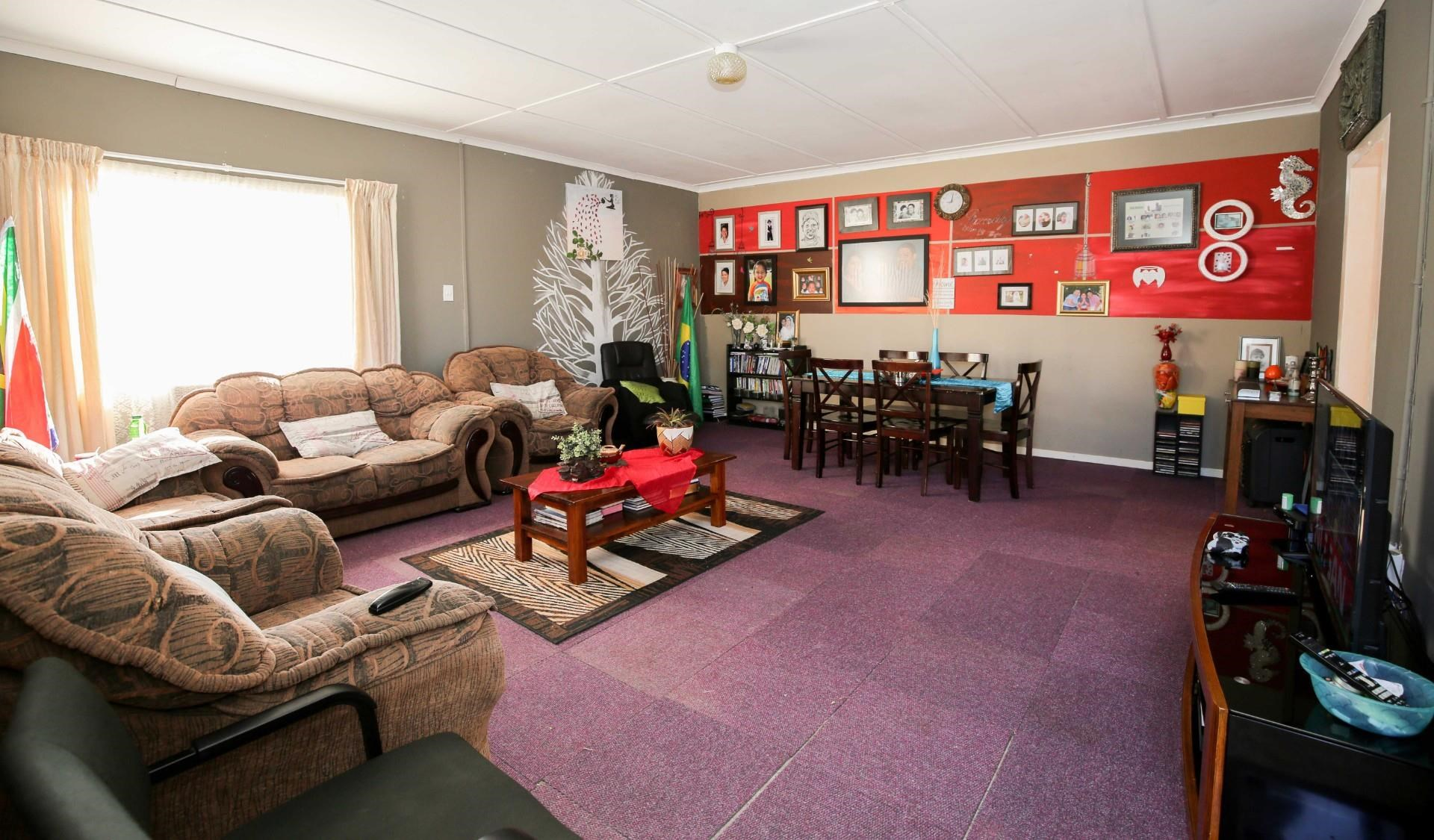 4 Bedroom House for Sale in Greenfields