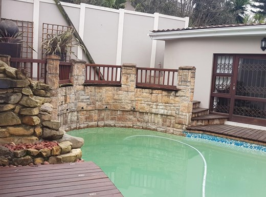 5 Bedroom House for Sale in Nahoon Valley Park