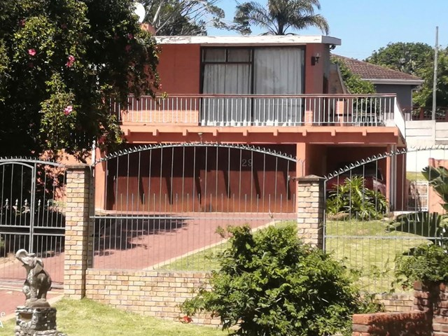 Beacon Bay House For Sale
