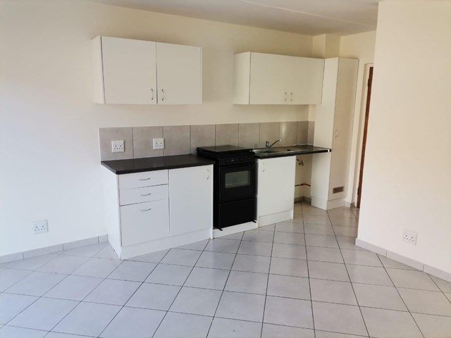 Kidds Beach Townhouse To Rent